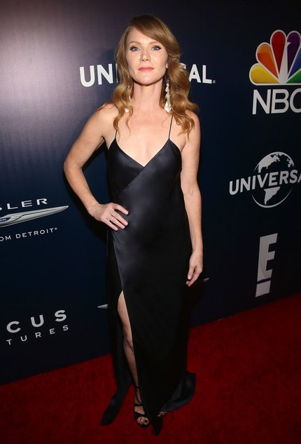 Picture, Tara Buck, Golden Globes, Ray Donovan, True Blood, NBC, Universal, Focus Features, red carpet style, wrap gown, navy satin gown, vintage red carpet, actress Tara Buck, Michelle Mason, Mason strappy wrap gown,